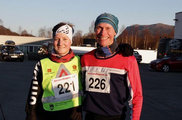 De to beste på 10 km under 4. løp i Ålesund vinterkarusell. Fra venstre, Pål Andre Lervåg og Jan Ketil Vinnes