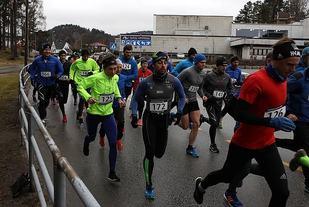Fra lørdagens løp i Mandal som også var årets siste i Vest-Agder vinterkarusell (Foto: maraton.no)