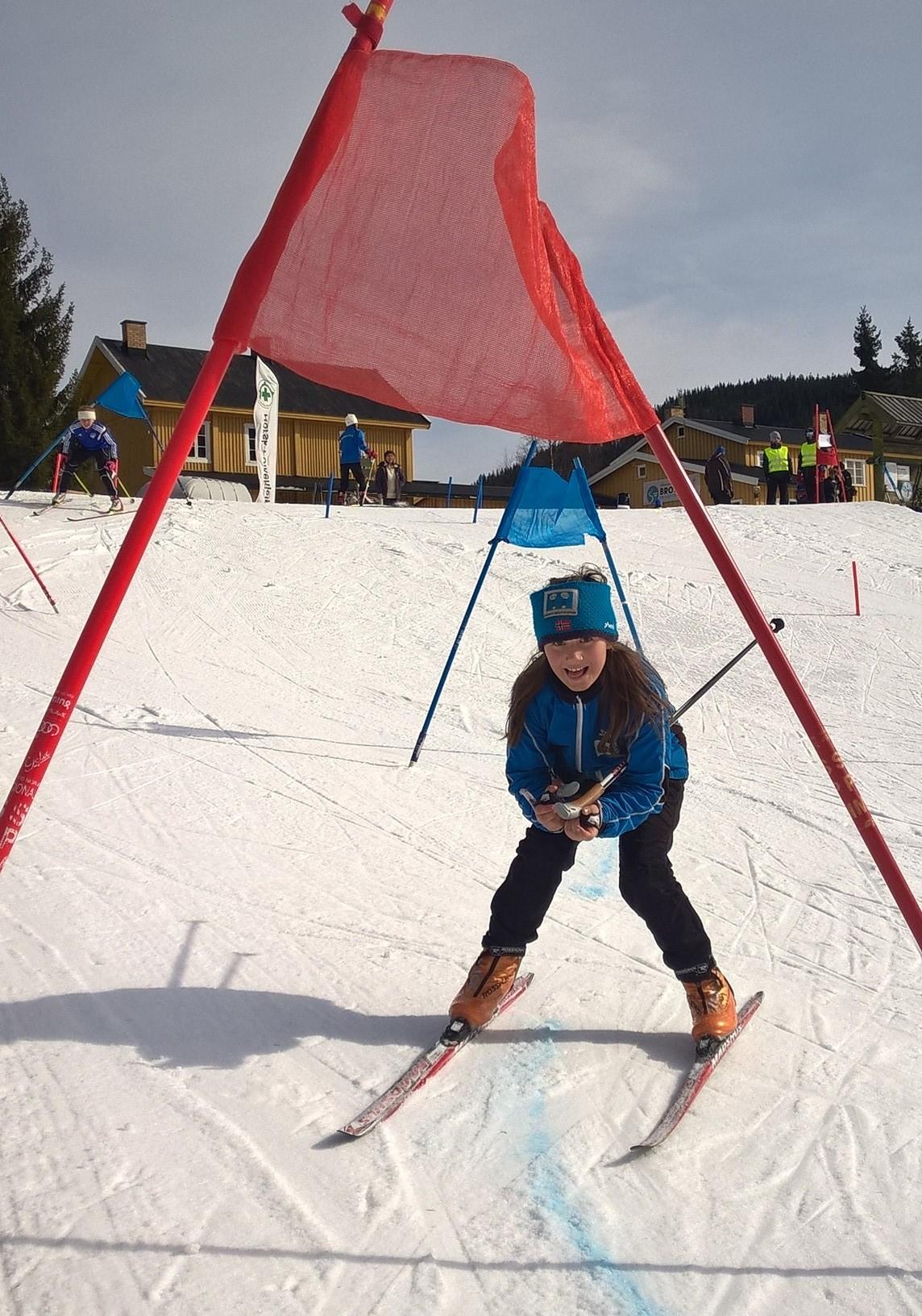 Vilde i skicross (3).jpg
