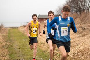 Etter nesten 3 km leder Petter Rypdal fra Strindheim an med Ola Berg Fines og Rindals Jon Arne Gaundal på slep. I mål kom Berg Fines først. (Foto: Øystein Lie)