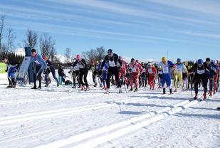 Start i den 5.utgaven av Border Crossing Ski Challenge. Foto: Kenneth J Markussen