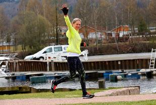 Liv Berit Jegteberg Lystad, en av 168 glade løpere i Påskemaraton. (Foto: Bjørn Hytjanstorp).