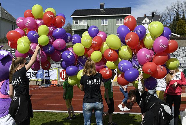 50D9204-spenst-ballonger.jpg