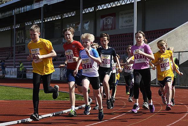 Det er gode muligheter for både barn og voksne å delta når Halden Byløp arrangeres lørdag 28. april. (Foto: Bjørn Johannessen)