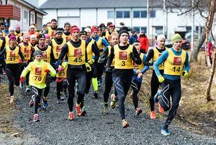 Fra Sør-Helgeland løpskarusell og det andre karuselløpet, Svarthopen Rundt (Foto: Brønnøysunds Avis/banett.no).