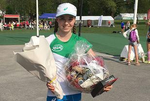 Emma Kirkeberg Mørk må vente på ny kontrollmåling av Sandefjordsløpet før hun eventuelt kan få godkjent klasserekorden på 5 km.