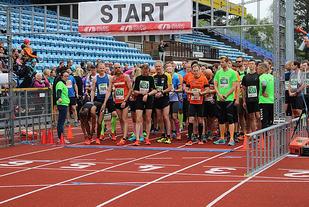 NM halvmaraton vil til neste år arrangeres i Sandnes. Her fra starten på Sandnesløpet som ble arrangert for første gang i fjor. (Foto: Sandnes IL)