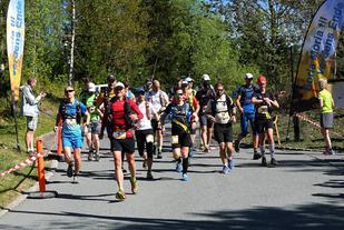 Fra starten på fjorårets løp ved Soria Moria Kurs- og konferansesenter. (Foto: Bjørn Hytjanstorp)