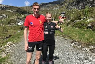 Eliteløperne Marius Vedvik og Karoline Holsen Kyte deltok i Hovlandstølen opp, og de satte begge sterke løyperekorder. (Foto: Jan Grov)