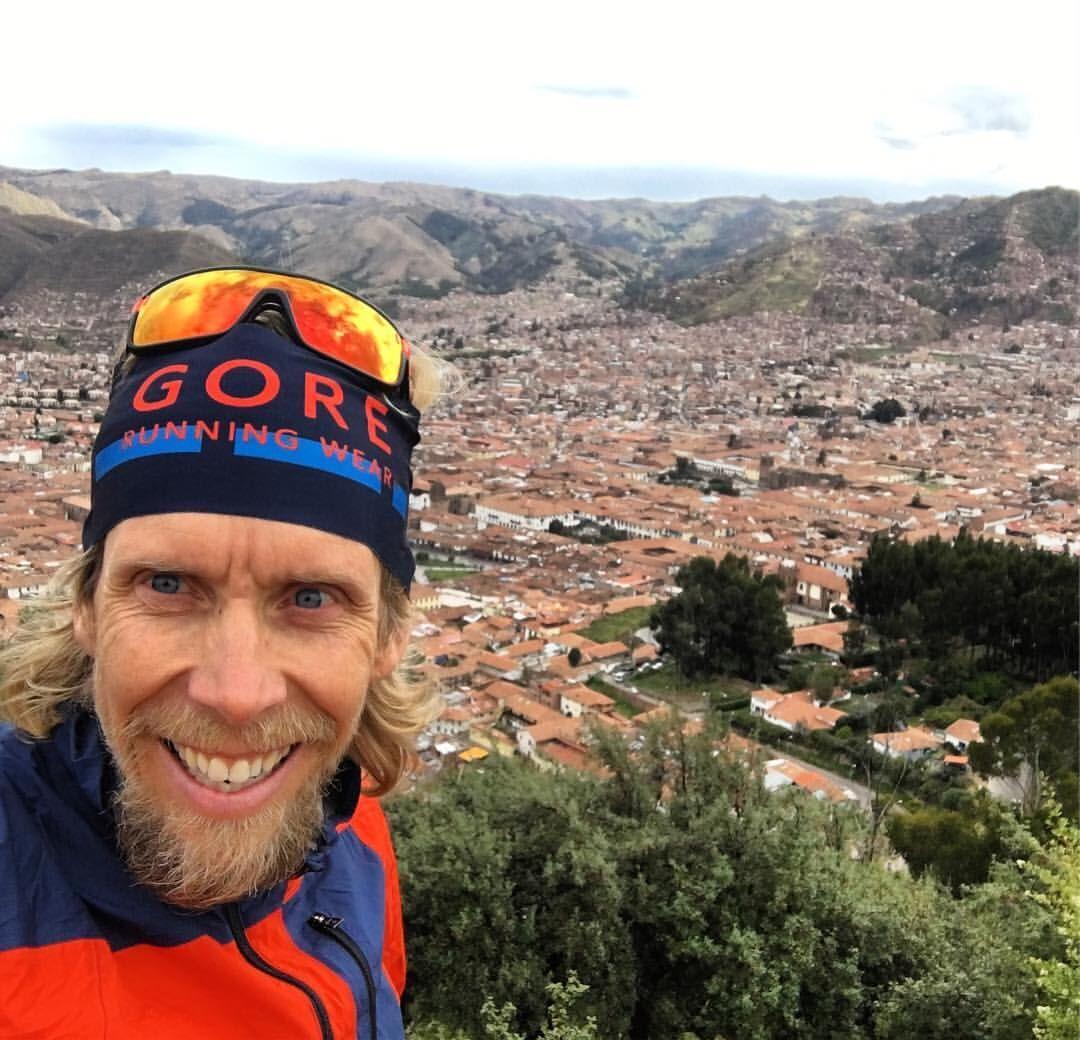 Treningsveileder Sondre Amdahl i Cusco i Peru der han vant The Jungle Ultra i 2017. (Privat foto)