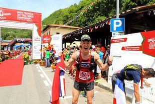 En veldig glad Tom Erik Halvorsen har gått i mål til 18. plass. (Foto: John Nicolaysen)