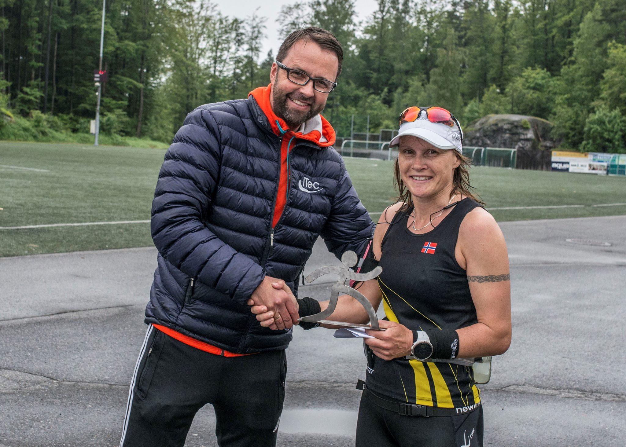 Løpsleder_Ove_og_ultravinner_Hilde_Johansen.jpg