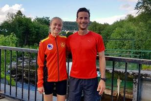 Ingrid Festø blei totalvinner på 5 km og Marcus Megrund vant 10 km på gode tider.  De to er fysioterapeutkolleger på Valderøya, trener mye sammen og deltar ofte på lokale løp.