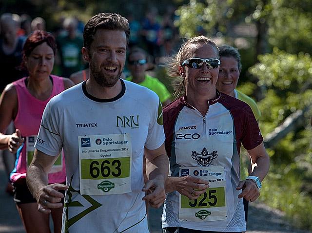 Halvmaraton_OEyvind_Svare_og_Helle_Svare_Lorentzen_OMSM_15.jpg
