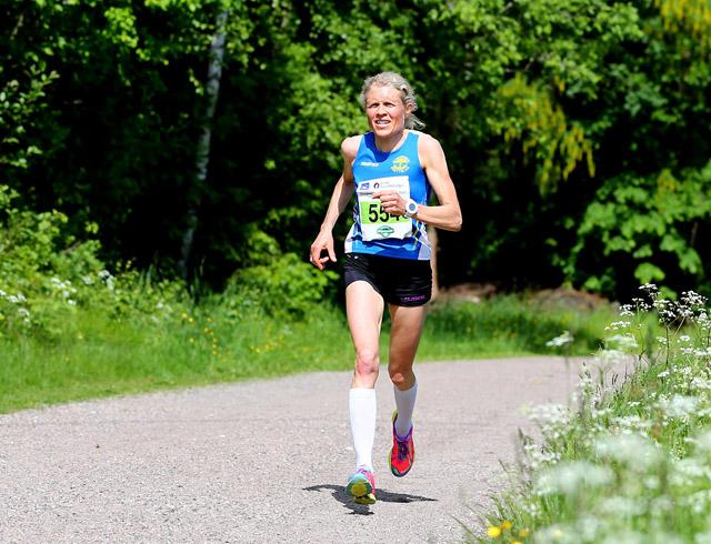 Halvmaraton-Anne-Nevin.jpg