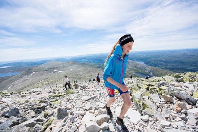 5a935cf84 17 år gamle Lucia Philipp utklasset sterke konkurrenter og satte en  soleklar løyperekord i Viking Challenge