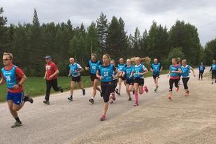 Fra starten på årets 4. løp. (Foto: Gunn Helen Kjensmo)