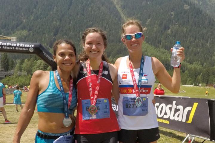 Rachel Drake fra USA (midten) vant foran Fleur Santos da Silva fra Frankrike (til venstre) og Ane Næsset Ramtvedt fra Norge. (Foto: Marie Holmerud)