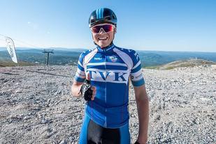 En fornøyd Kristian Klevgård etter seieren i finværet i Trysil fredag kveld. (Foto: Hans Martin Nysæter)