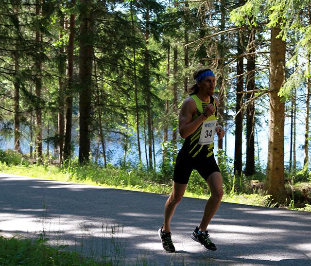 leder_fra_start_vinner_maraton_IMG_3508.jpg