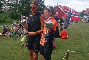 Andreas Grøgaard, Kragerø IF og Brita Cecilie Musatad, Langesund STK var raskest på 10km. Foto:  Arvid Henriksen Kragerø IF Friidrett/Jomfrulandsløpet