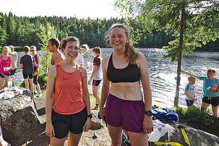 Urd Vindenes og Molly Bazilchuk, begge OSI var blant de 96 som koste seg ved Fagervann i den 10. utgaven. Foto: Audun Bugge