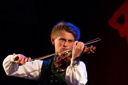 Marius Westling, vinner av spel fele C  Mottaker av Furepris-stipend på 10 000 kr.  Foto: Thomas Westling