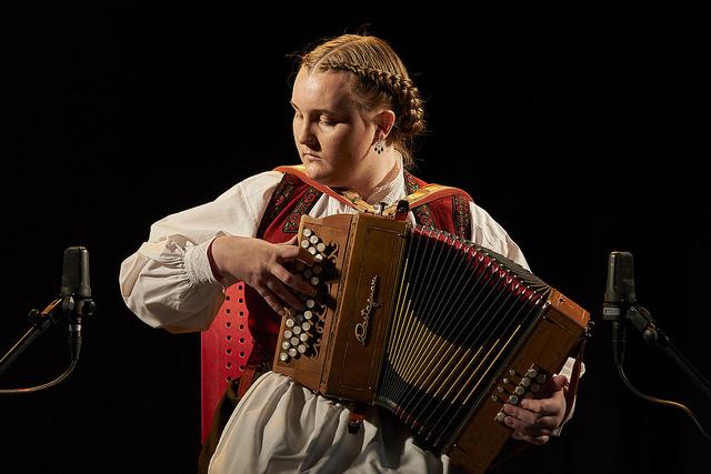 Amalie Kinsarvik Tvilde, vinner av durspel junior  Mottaker av Furepris-stipend på 10 000 kr.    Foto: Thor Hauknes