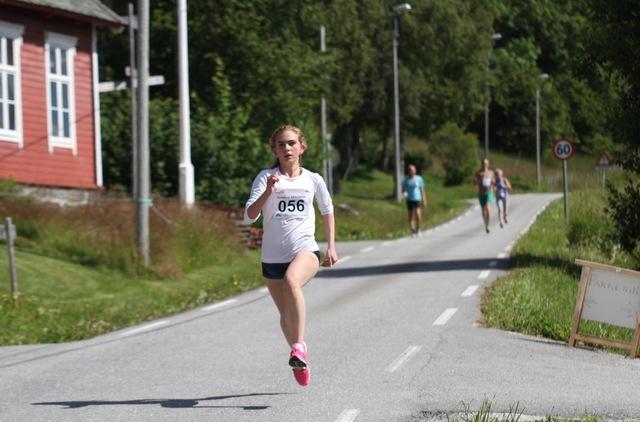 Saeter_Sarah_Hoestmark_vinner 10 km