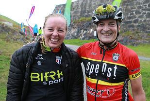 Dobbeltseier: Halden Sykkelklubbs Andreas Bye og Ingrid Bøe Jacobsen ble nr. 1 og 2 første dag av Grenserittet Etappe. (Foto: Kjell Vigestad)