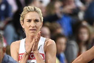 Karoline Bjerkeli Grøvdal var frustrert etter målgang på 1500 meteren. Alt gikk ikke helt som det skulle. (Foto: Bjørn Johannessen)