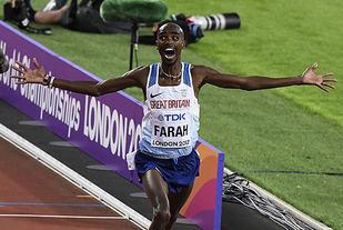 Mo Farah vinner 10000 under VM i London 2017. Foto: Bjørn Johannessen
