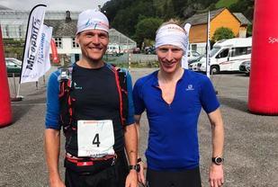 Vinnerne Schjølberg og Slethaug. (Foto: Arrangøren)