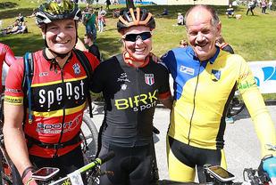 Forgrunnsfigurer: Andreas Bye som vant de to første etappene og sammenlagt, Ingrid Bøe Jacobsen, beste dame og Bengt Hansson, som vant siste etappe. (Foto: Kjell Vigestad)