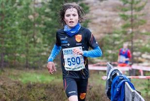 14-åringen Esten Hansen-Møllerud Hauen mot mål på 10 km i Femundløpet som ble gjort unna på 35.57. (foto: Jan Ole Johnsgaard)