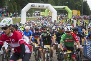 Fra starten i årets CykelVasan. (Foto: Vasaloppet Henrik Hansson)