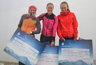 Fra venstre Bodil Ryste, Henriette Albon og Anniken Hjellebakk Hole. Foto: Martin Hauge-Nilsen