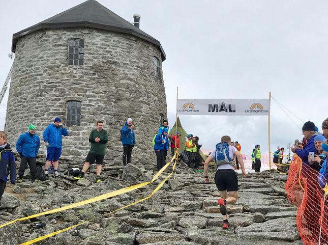 De siste meterne mot mål i årets løp. (Foto: Christian Prestegård)