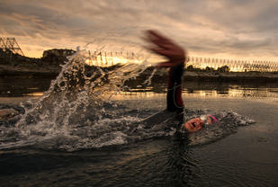 Allan Hovda vinner årets Lofoten Triathlon Extreme Foto Kai-Otto Melau