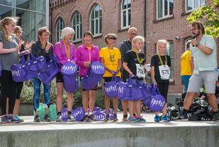 Helt til høyre: Elinor og Ruth som løp dobbelt så langt som planlagt.