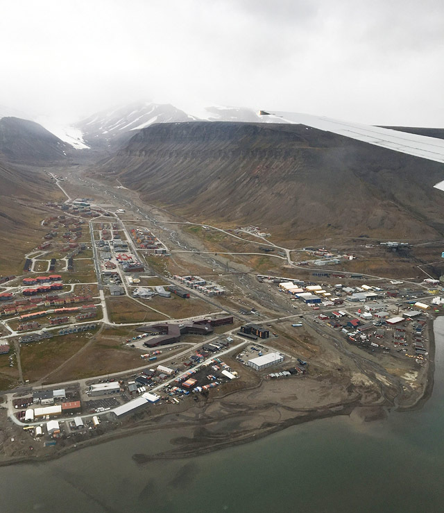 Svalbard_foto_Thora_Ingeborg_Dystebakken_Right_To_Play.jpg