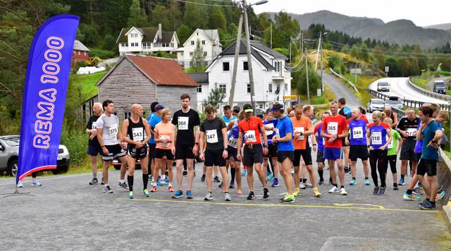 Start Halvm, 10 km og 5 km.jpg