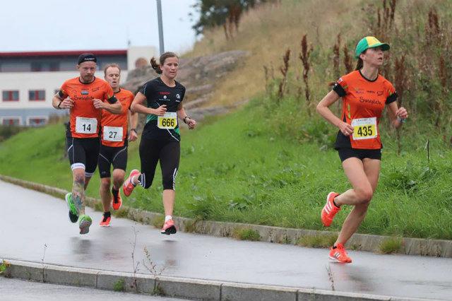 Sara Jünger raskeste kvinne i det nye løpet Solastranden 5 km. Foto: Steffen Thoresen, arrangøren