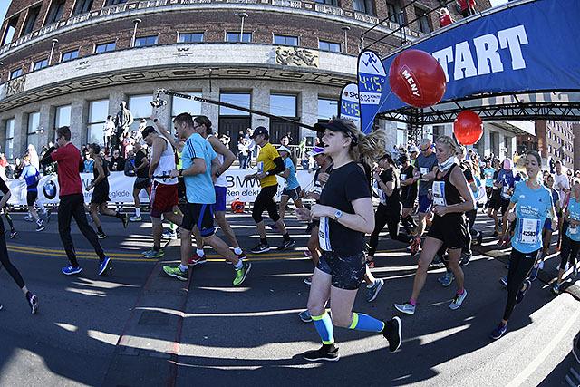 maraton-start2_50D2534.jpg