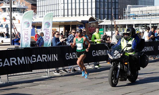maraton_herrevinner_foran_bryggen_F6C0680.jpg