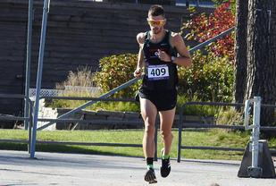 Jan Erik Wergeland vinner maraton. Foto: maraton.no -Leif Rennemo
