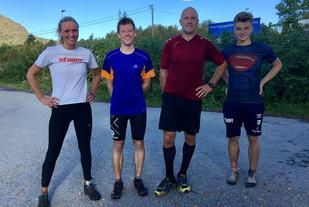 Fra venstre Karete Nesset, Martin Hauge-Nilsen, Geir Kåre Øvrelid og Sander Michael Ringstad. Foto: Bernhard Harkjerr.
