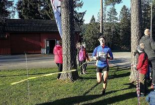 Kristiansandsjenta Kjersti Karoline Danielsen tok sin sjette seier i Svalandsgubben skauløp i suverén stil. (Foto: Bjørn Vidar Lie)
