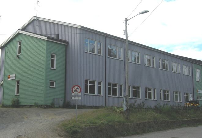 Skolebygning i Lavangen