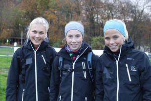Det norske juniorlaget for kvinner er klar for innsats. Men å gjenta forårets storeslem med tre norske juniorjenter på pallen, er det ingen som forventer av dem. Foto: Arne Dag Myking